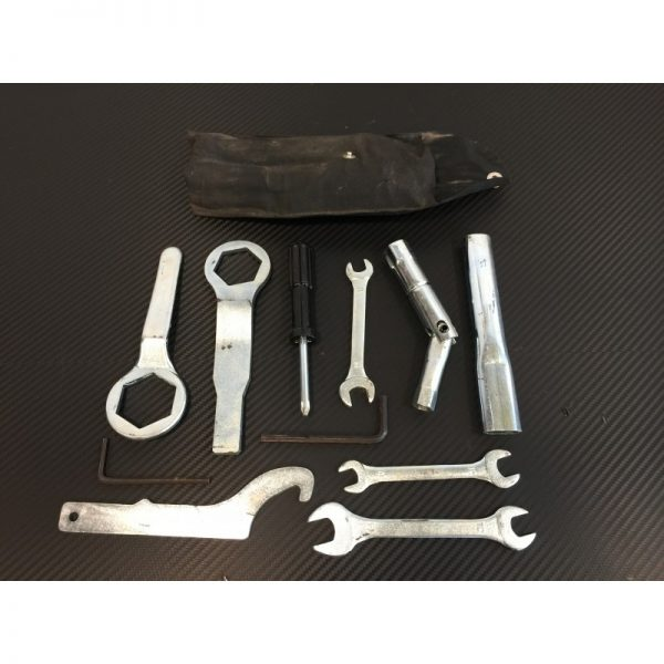 TROUSSE A OUTILS YAMAHA FZ6